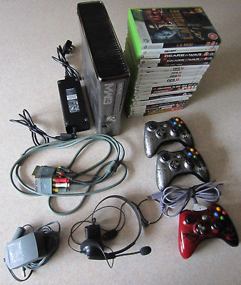 Limited Edition MW3 320GB Xbox 360S + Controllers + 20 Games Bundle (UK PAL)